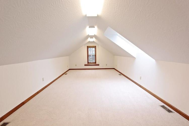 2410 S Post Road Indianapolis, IN 46239 | MLS 21661681 | photo 29