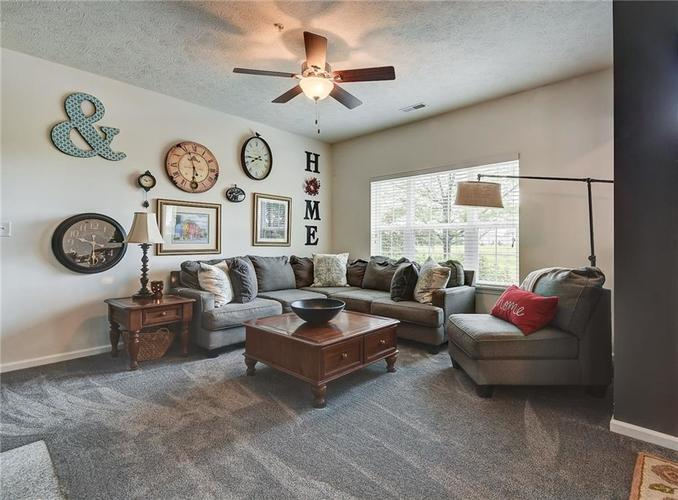 13255 Minden Drive Fishers, IN 46037 | MLS 21661684 | photo 3
