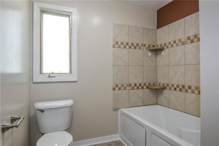 1296 James Drive Avon, IN 46123 | MLS 21661739 | photo 21