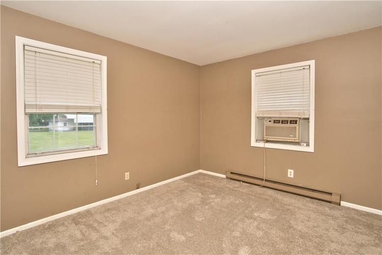 5601 W Mooresville Road Indianapolis, IN 46221 | MLS 21661782 | photo 10