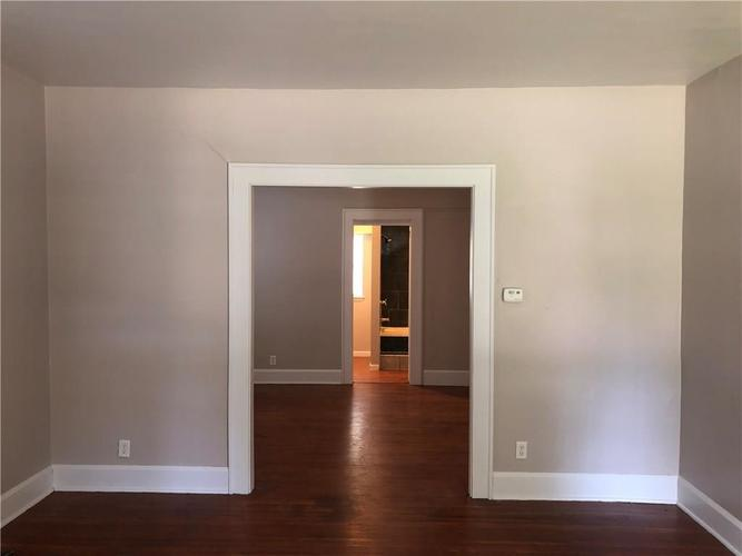 302 Albany Street Indianapolis, IN 46225 | MLS 21661789 | photo 4