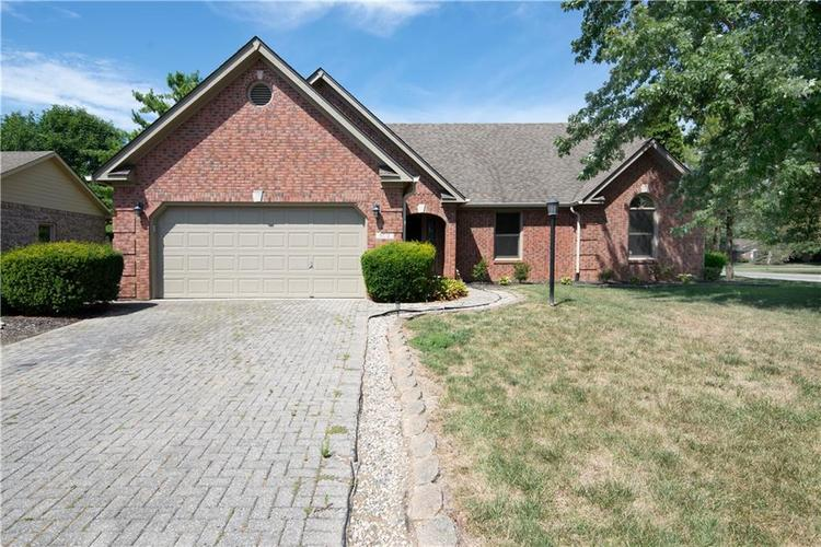 6012 Quail Creek Boulevard Indianapolis, IN 46237 | MLS 21661791 | photo 1