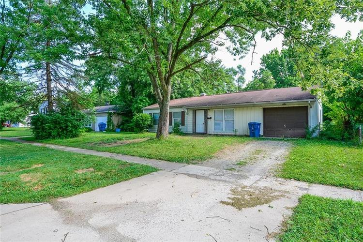 3741 Decamp Drive Indianapolis, IN 46226 | MLS 21661795 | photo 2