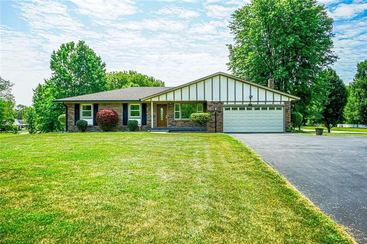 6701 E LANDERSDALE Road Camby, IN 46113 | MLS 21661796 | photo 1