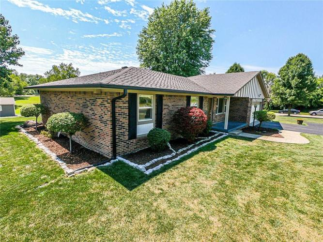6701 E LANDERSDALE Road Camby, IN 46113 | MLS 21661796 | photo 3