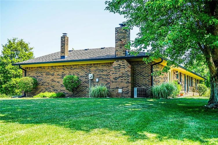 6701 E LANDERSDALE Road Camby, IN 46113 | MLS 21661796 | photo 8