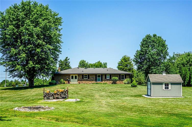 6701 E LANDERSDALE Road Camby, IN 46113 | MLS 21661796 | photo 9