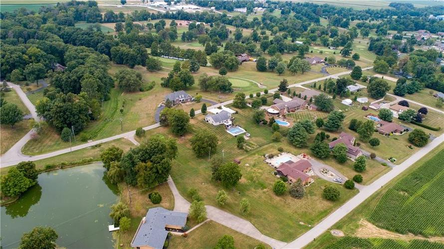 907 Country Club Drive Greensburg, IN 47240 | MLS 21661807 | photo 14