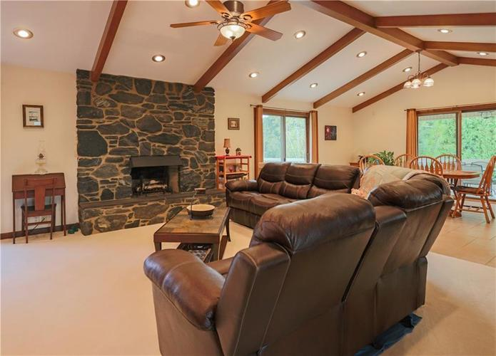 907 Country Club Drive Greensburg, IN 47240 | MLS 21661807 | photo 24