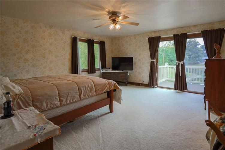 907 Country Club Drive Greensburg, IN 47240 | MLS 21661807 | photo 31