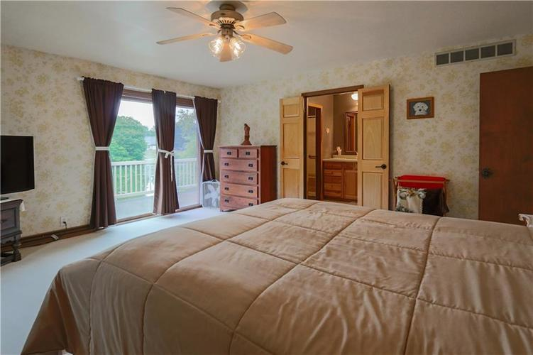 907 Country Club Drive Greensburg, IN 47240 | MLS 21661807 | photo 33