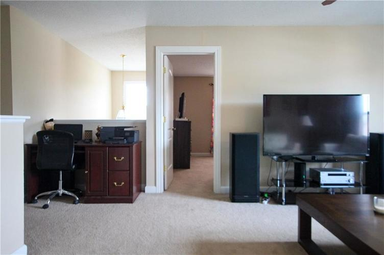 5815 Cabot Drive Indianapolis, IN 46221 | MLS 21661814 | photo 14