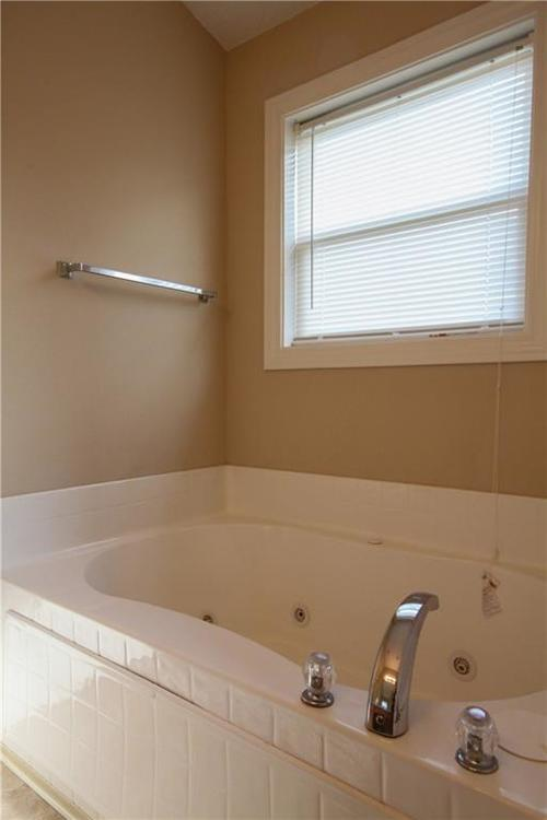 5815 Cabot Drive Indianapolis, IN 46221 | MLS 21661814 | photo 23