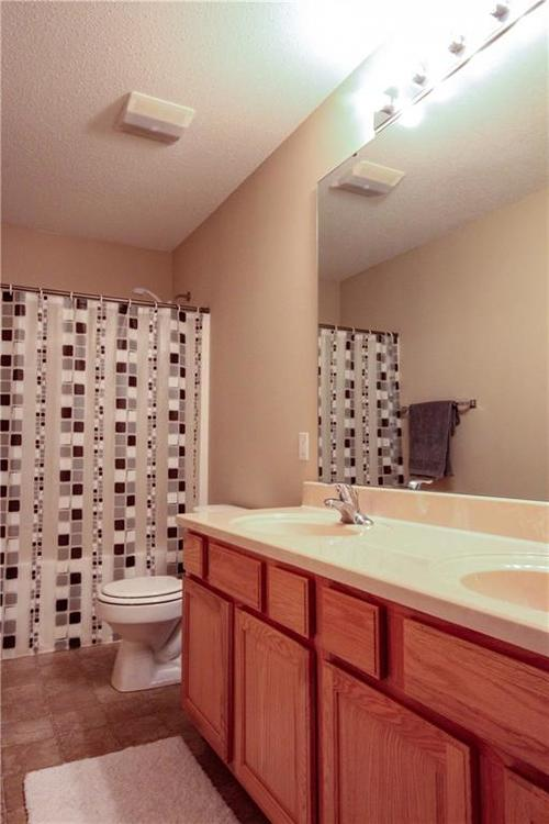 5815 Cabot Drive Indianapolis, IN 46221 | MLS 21661814 | photo 26