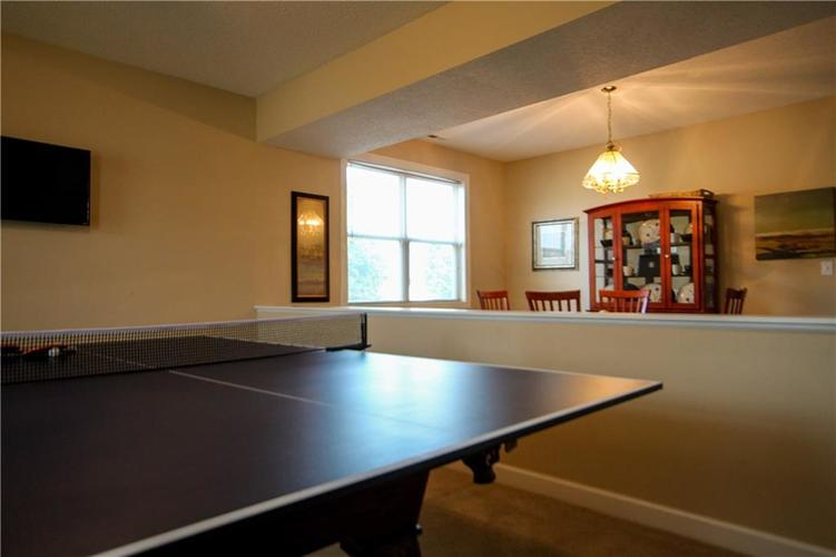 5815 Cabot Drive Indianapolis, IN 46221 | MLS 21661814 | photo 4