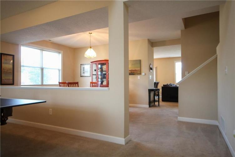 5815 Cabot Drive Indianapolis, IN 46221 | MLS 21661814 | photo 5