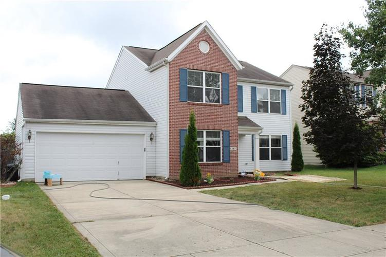 6267 LANCASTER Place Zionsville, IN 46077 | MLS 21661844 | photo 1