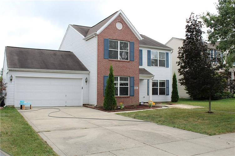 6267 LANCASTER Place Zionsville, IN 46077 | MLS 21661844 | photo 2
