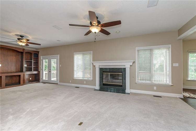 10257 Springstone Road Fishers, IN 46055 | MLS 21661850 | photo 11