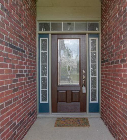 11820 Sinclair Drive Drive Indianapolis, IN 46235 | MLS 21661851 | photo 2