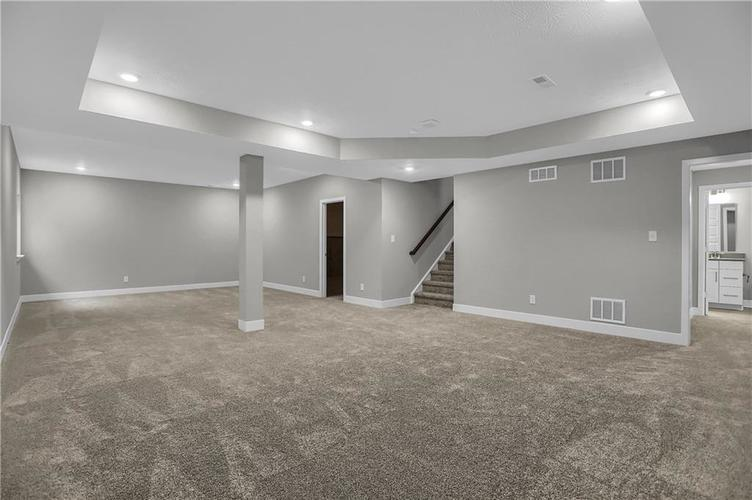 16391 Province Court Fishers, IN 46040   MLS 21661933   photo 44