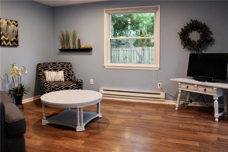 9212 Warwick Road Indianapolis, IN 46240 | MLS 21661952 | photo 10