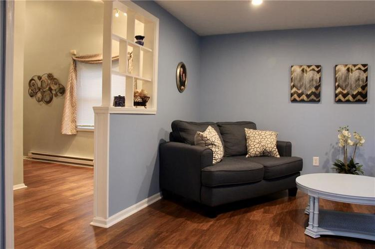 9212 Warwick Road Indianapolis, IN 46240 | MLS 21661952 | photo 12