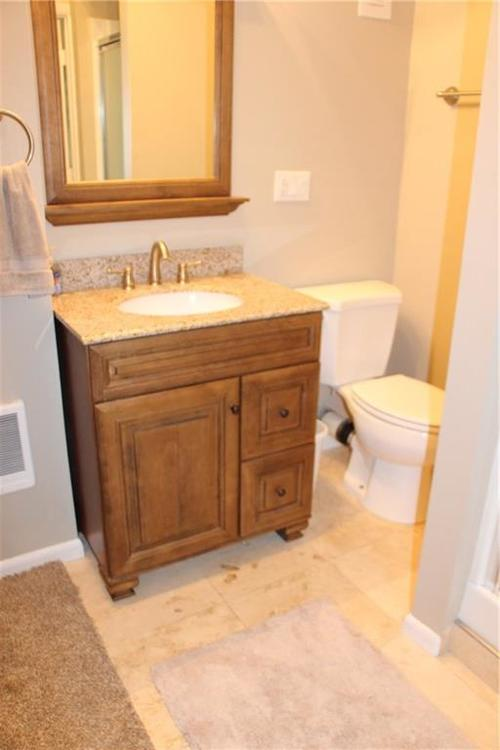 9212 Warwick Road Indianapolis, IN 46240 | MLS 21661952 | photo 18