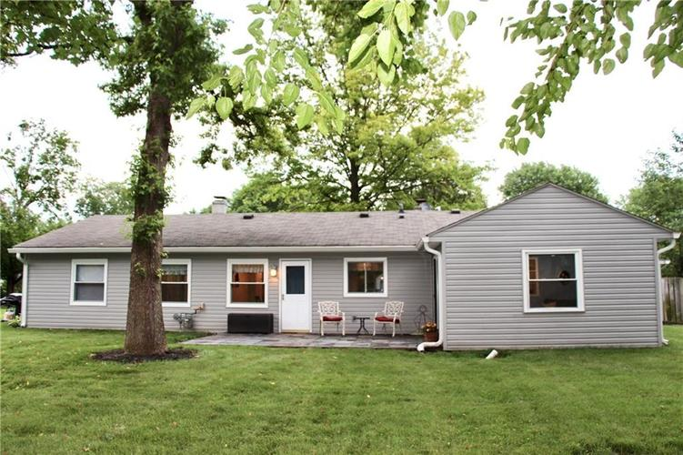 9212 Warwick Road Indianapolis, IN 46240 | MLS 21661952 | photo 3