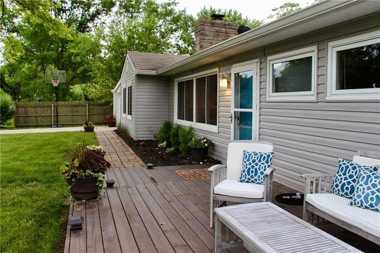 9212 Warwick Road Indianapolis, IN 46240 | MLS 21661952 | photo 4