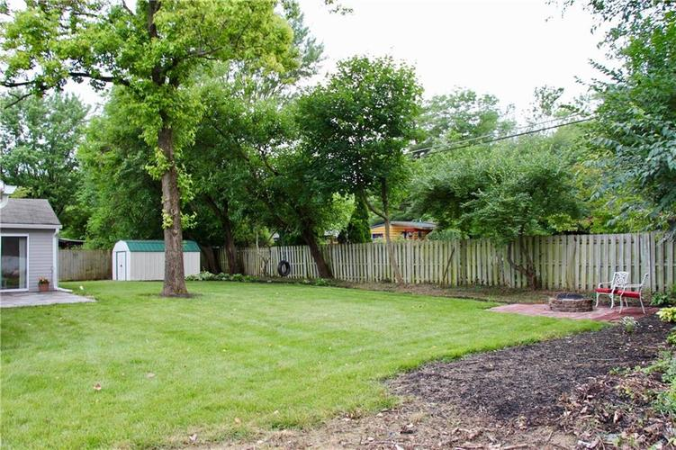 9212 Warwick Road Indianapolis, IN 46240 | MLS 21661952 | photo 7