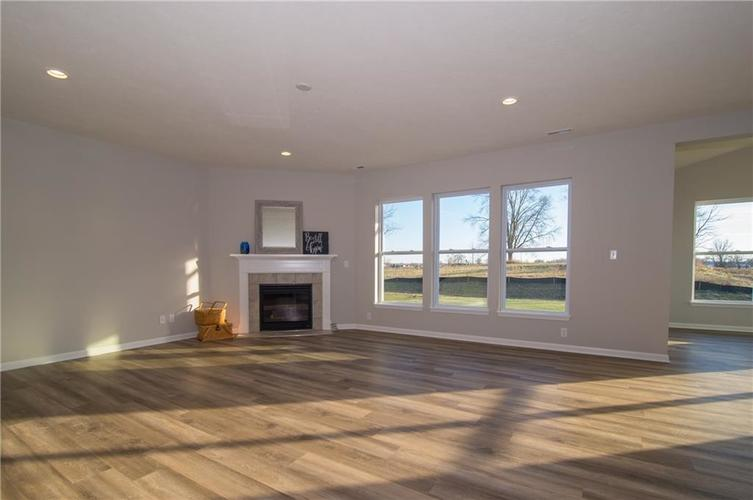 11651 Flynn Place Noblesville, IN 46060 | MLS 21661972 | photo 12
