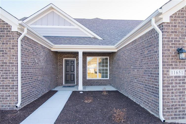 11651 Flynn Place Noblesville, IN 46060 | MLS 21661972 | photo 4