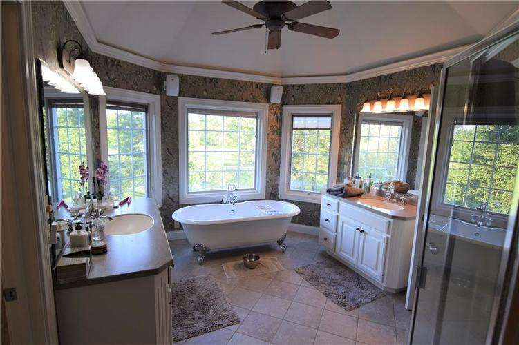 14327 E County Road 150 S Parker City, IN 47368 | MLS 21661980 | photo 22