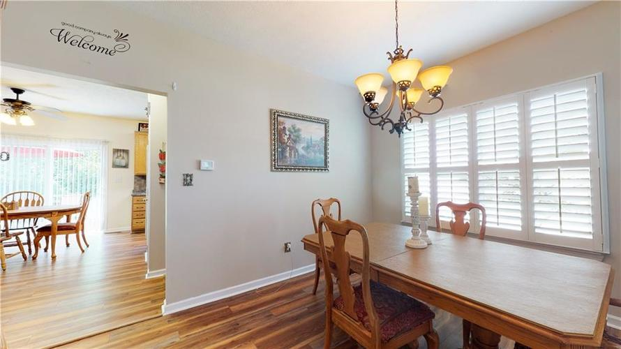 5625 Forest Rise Court Indianapolis, IN 46203 | MLS 21661989 | photo 14