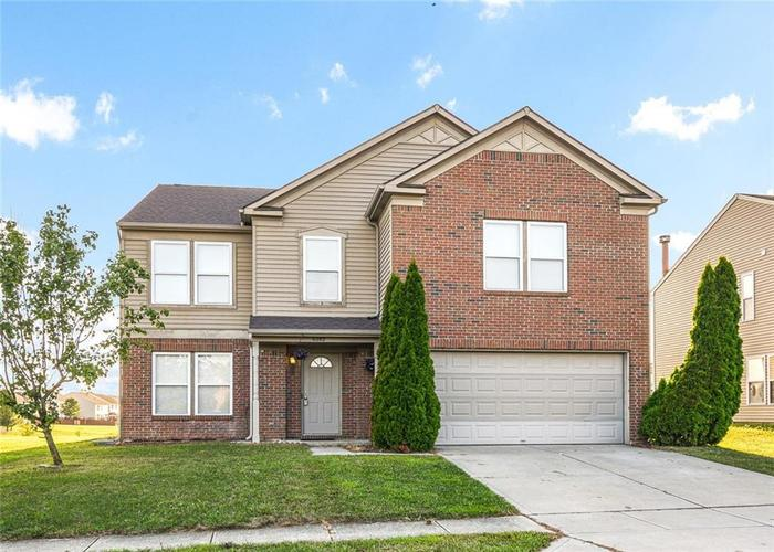 6282 Big Stone Dr Indianapolis IN 46234 | MLS 21662035 | photo 1