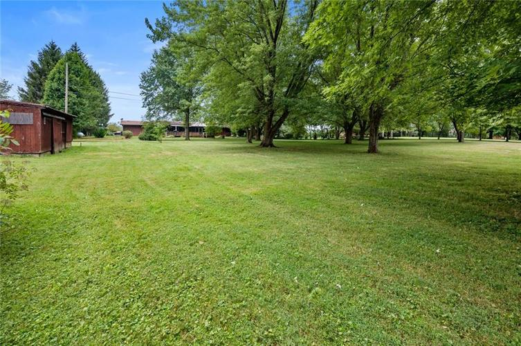 6733 E US Hwy 36 Mooreland, IN 47360 | MLS 21662061 | photo 28