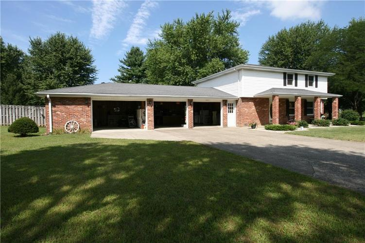 807 Canal Street Anderson, IN 46012 | MLS 21662065 | photo 11