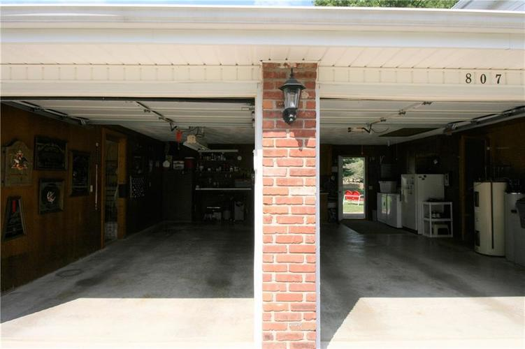 807 Canal Street Anderson, IN 46012 | MLS 21662065 | photo 12