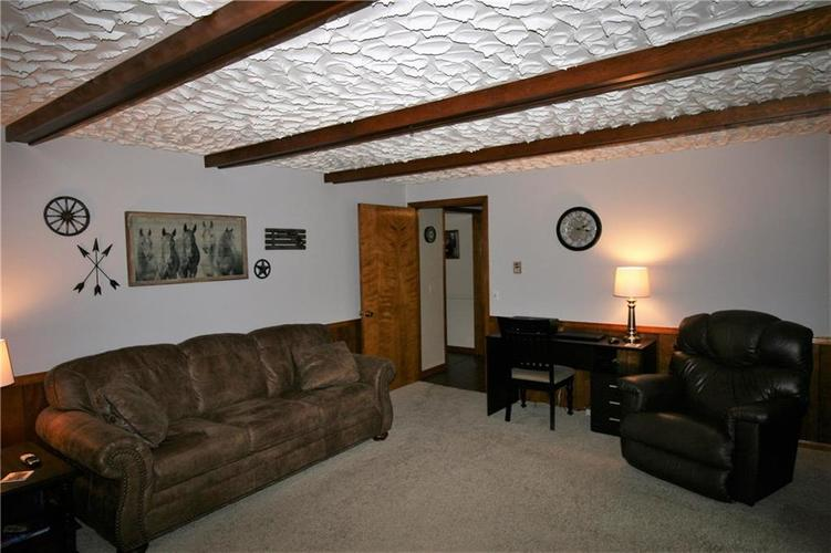 807 Canal Street Anderson, IN 46012 | MLS 21662065 | photo 16