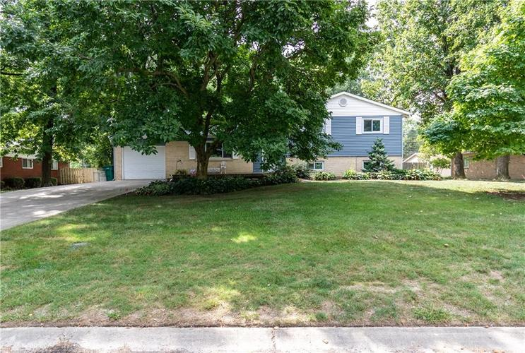 8927 W ASH Road Indianapolis, IN 46234 | MLS 21662091 | photo 1