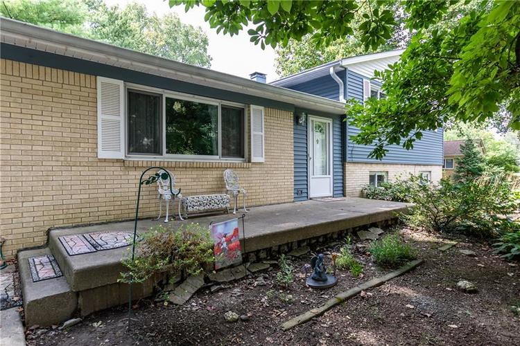 8927 W ASH Road Indianapolis, IN 46234 | MLS 21662091 | photo 2