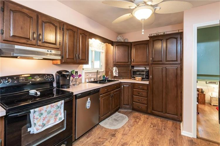 8927 W ASH Road Indianapolis, IN 46234 | MLS 21662091 | photo 6
