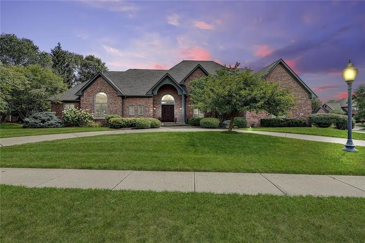 10535  Chatham Court Carmel, IN 46032 | MLS 21662105