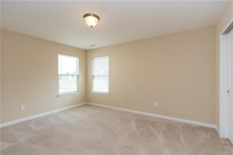 5027 Long Iron Drive Indianapolis, IN 46235 | MLS 21662146 | photo 19