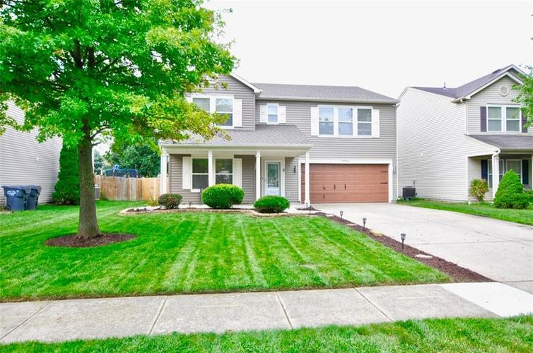 5726 N Plymouth Court McCordsville, IN 46055 | MLS 21662188 | photo 1