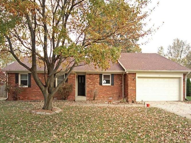 26  Grassy Drive New Whiteland, IN 46184 | MLS 21662224