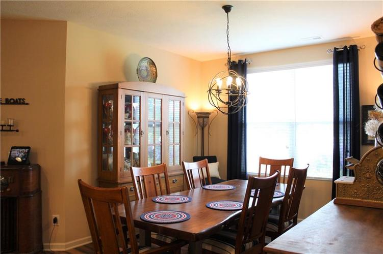 13217 Balletto Way Fishers, IN 46037   MLS 21662289   photo 10