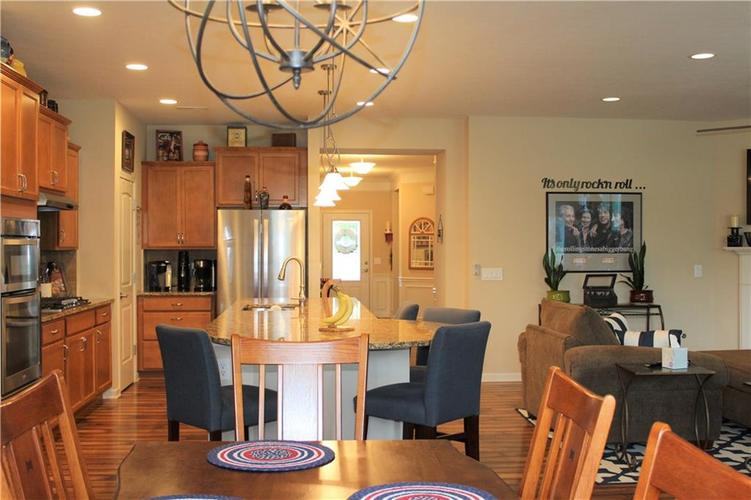 13217 Balletto Way Fishers, IN 46037   MLS 21662289   photo 12