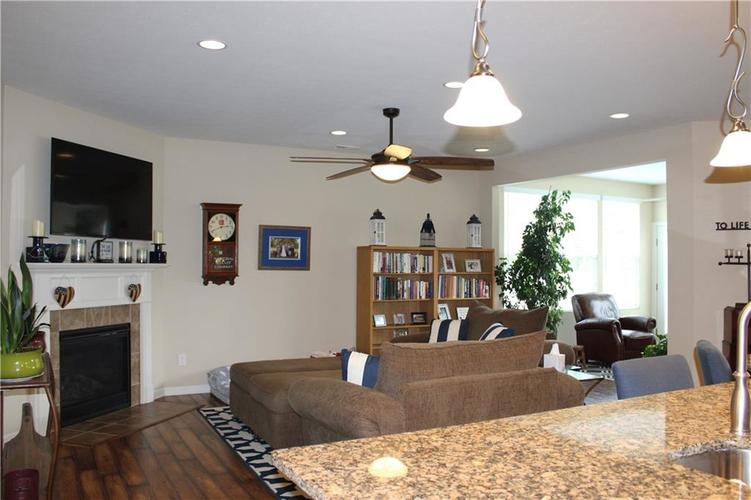 13217 Balletto Way Fishers, IN 46037   MLS 21662289   photo 3